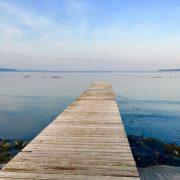 旅烏の「徒然グサッ!」〈8〉佐渡、真野湾に浮かぶ桟橋