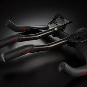 今季注目の決戦アイテム。究極のTT&トライアスロンバイク専用グリップ「pistola」
